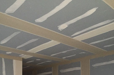 tape and jointing walls and ceilings