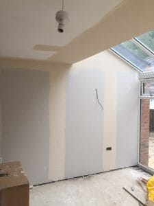 tape and jointing walls